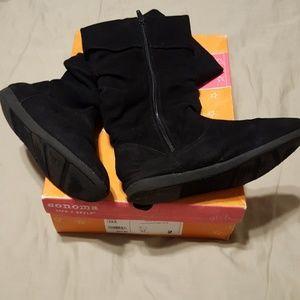Little girls Sonoma brand suede boots